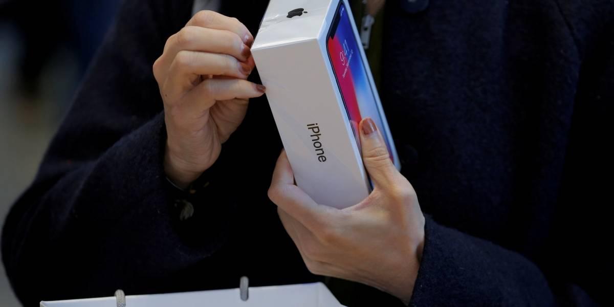 Celulares Iphone X foram embalados por estagiários que fizeram turnos de 11 horas