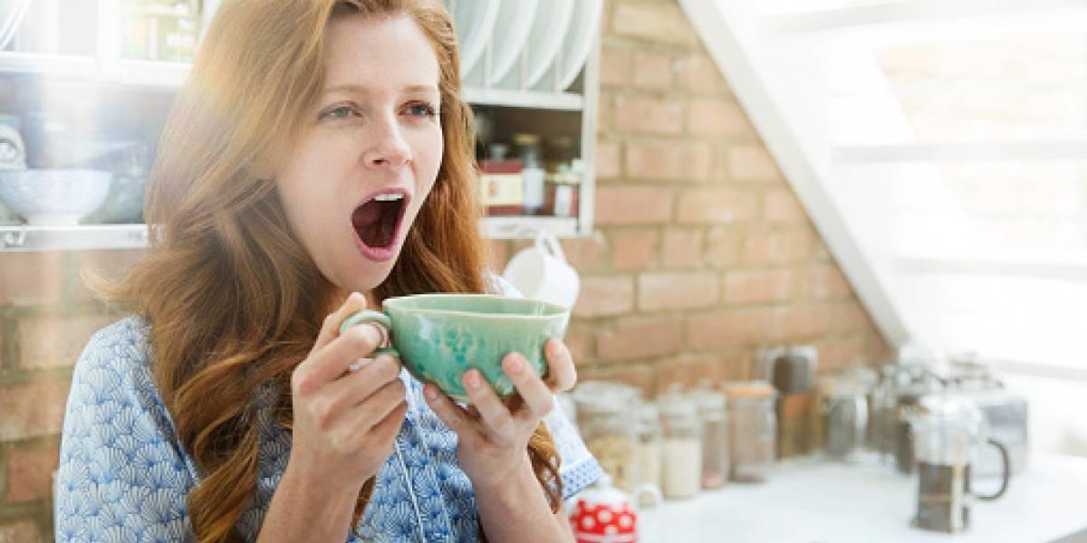Beber café tras despertarnos podría perjudicar a la salud
