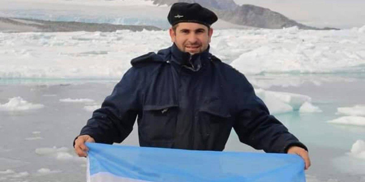 Famílias aguardam notícias do submarino que desapareceu na Argentina
