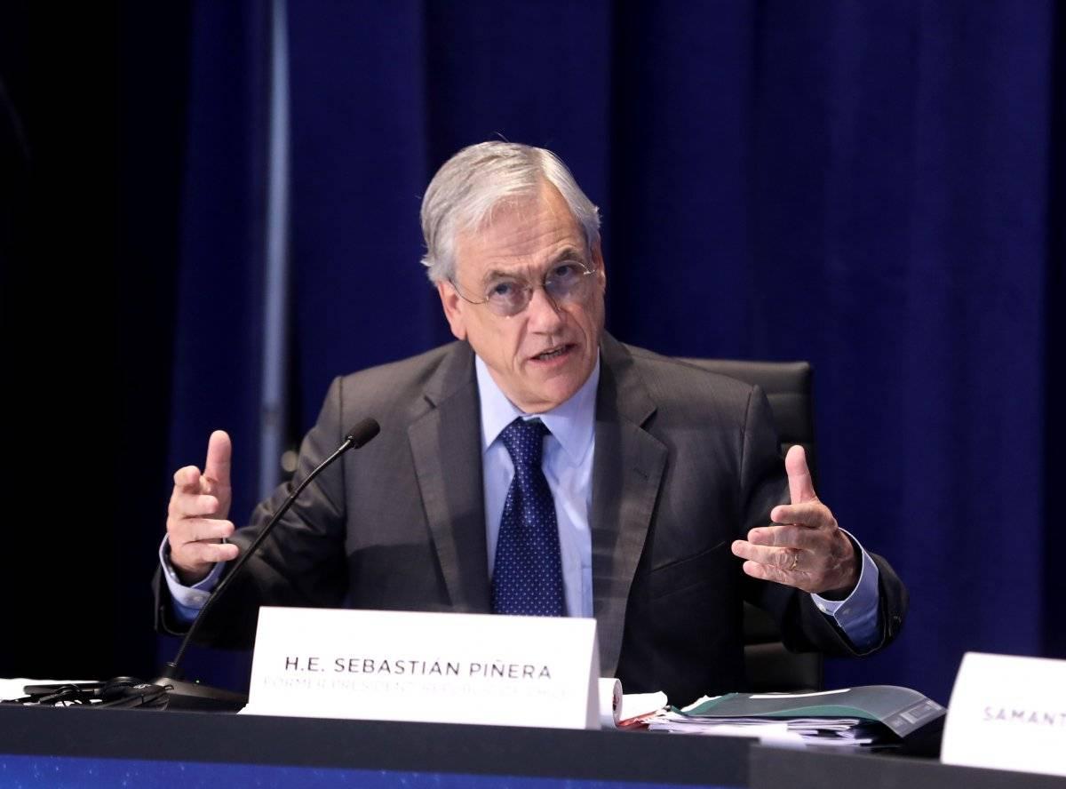 El empresario multimillonario Sebastián Piñera se postula a un segundo periodo como presidente de Chile.