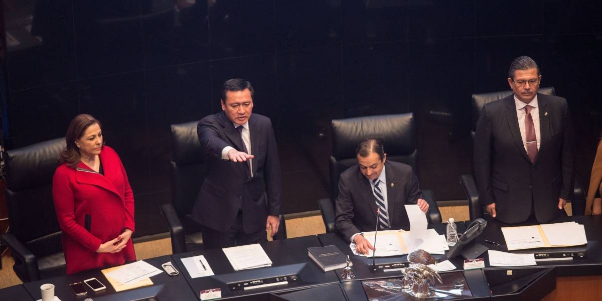 Osorio Chong urge a cambiar el modelo de seguridad en el país