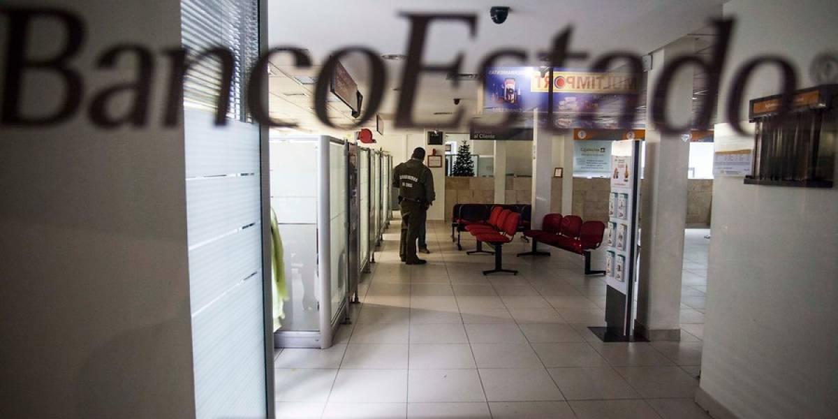 """""""Suéltame cul..."""": la historia detrás del agresivo intento de robo de niño de 4 años en cajero de Valparaíso"""