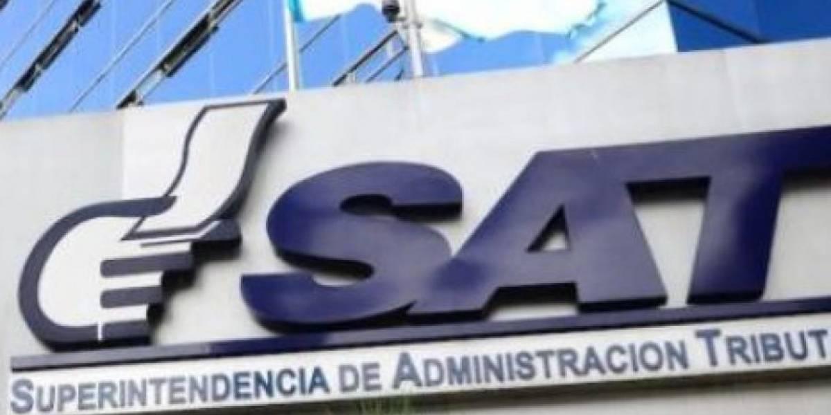 """SAT hace público el listado de empresas vinculadas al """"mayor caso de defraudación tributaria"""" en el país"""
