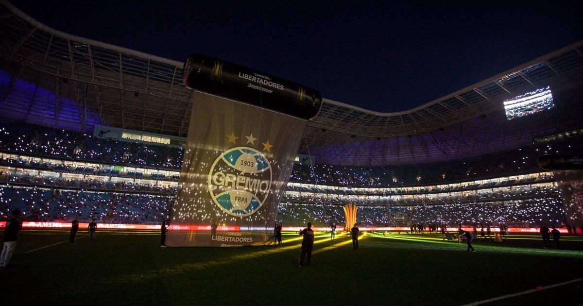 Show no gramado antes do apito Lucas Uebel/Grêmio