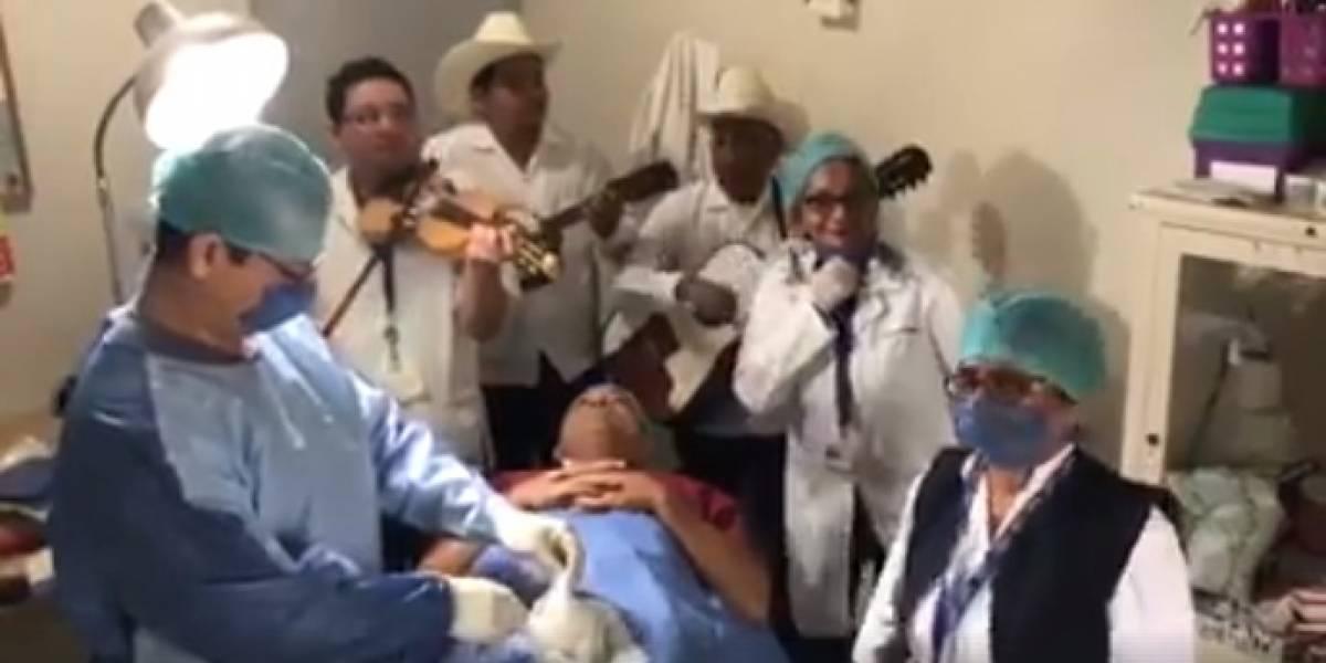 México promove campanha de vasectomia com vídeo hilário