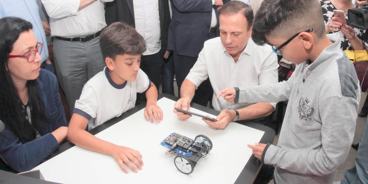 Doria promete laboratórios tecnológicos em todas as escolas até 2020