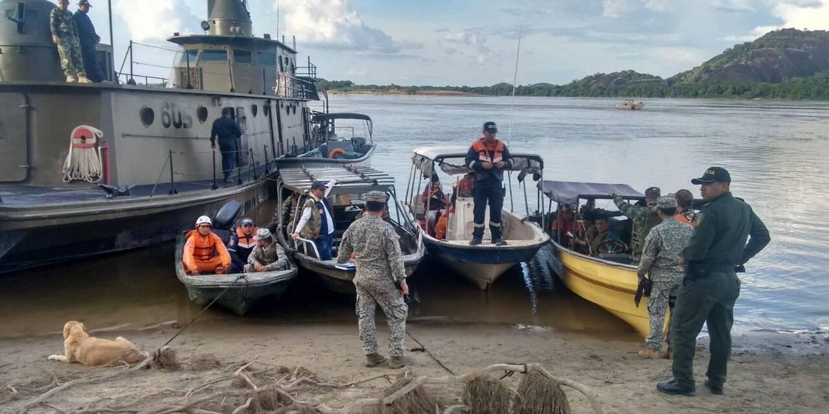 Rescatan cinco cuerpos de naufragio en río Orinoco
