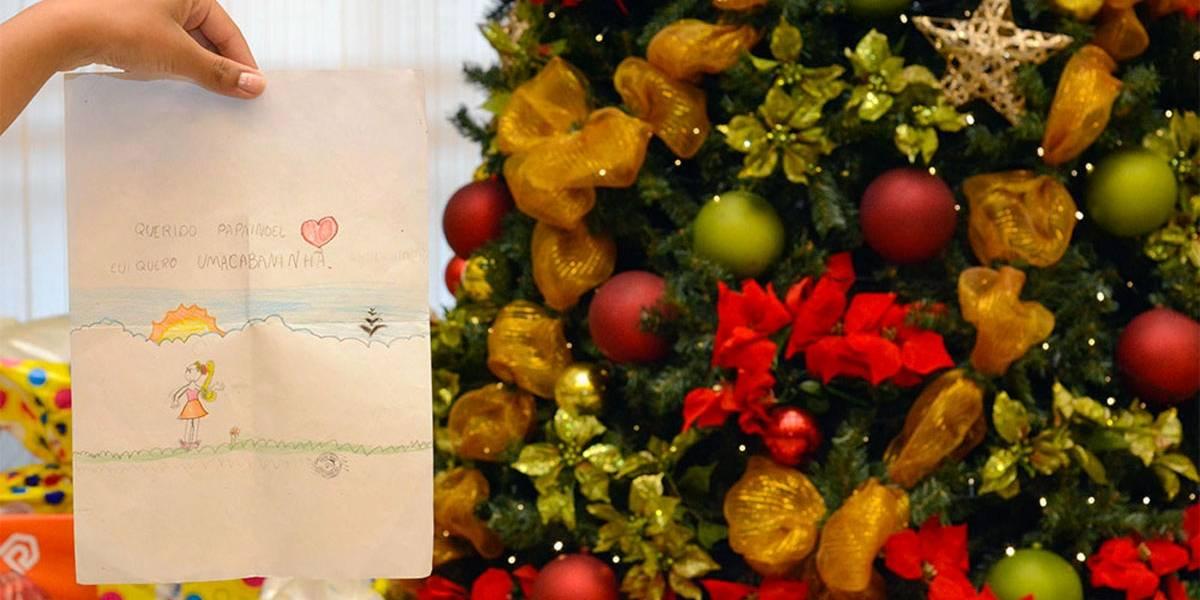 Cartinhas de Natal à espera de apadrinhamento em BH