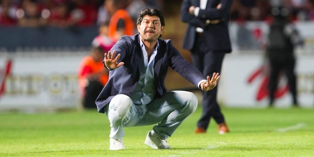 José Cardozo deja de ser técnico de Veracruz