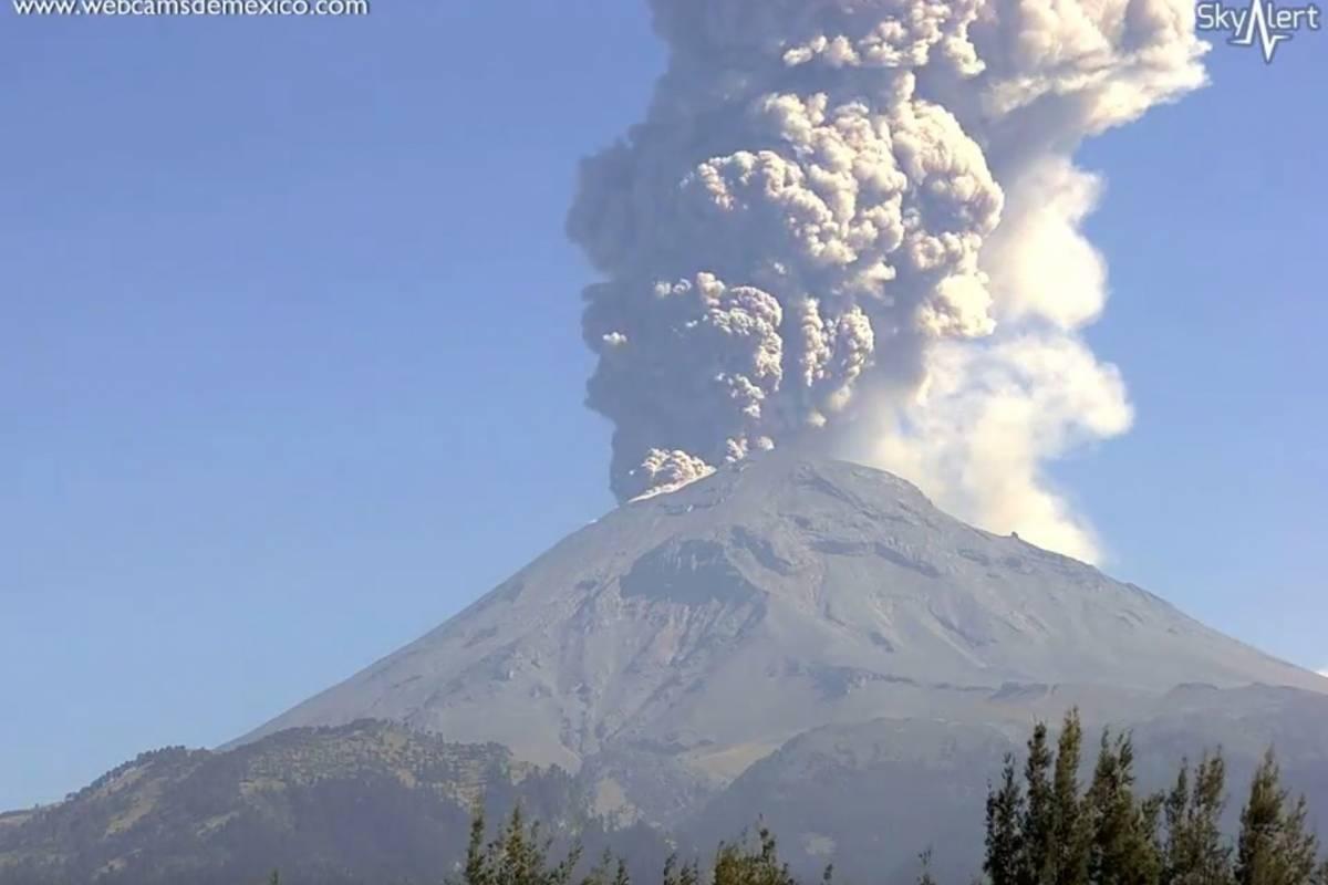 Sistema de monitoreo volcánico registra explosión y 188 exhalaciones del Popocatépetl
