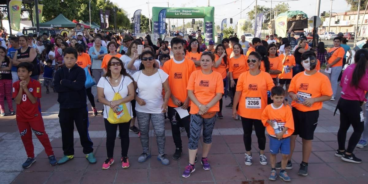 Corrida Nocturna engalana la celebración de los 33 años de La Pintana