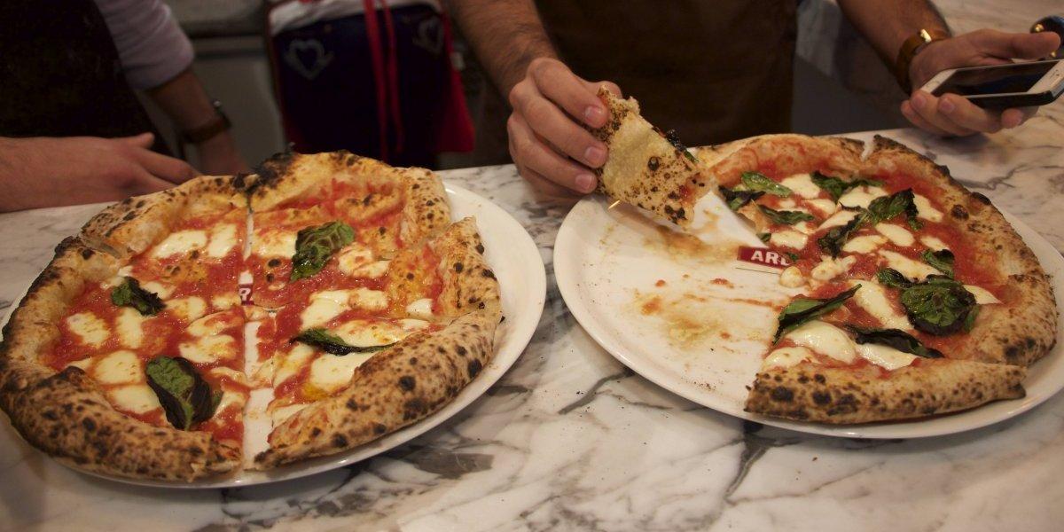 Así se hace una auténtica pizza napolitana