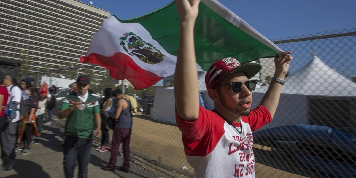 Hispanos en Estados Unidos dejan de hablar español en su casa