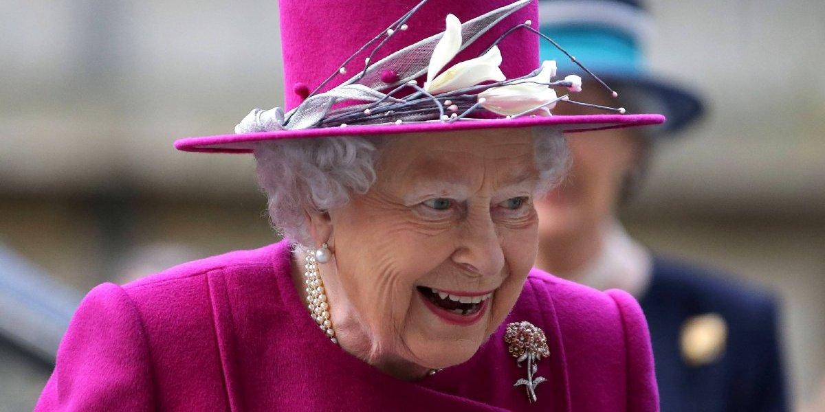 Rainha Elizabeth II enviou recado nada gentil para cozinheiro que serviu prato com 'surpresa'