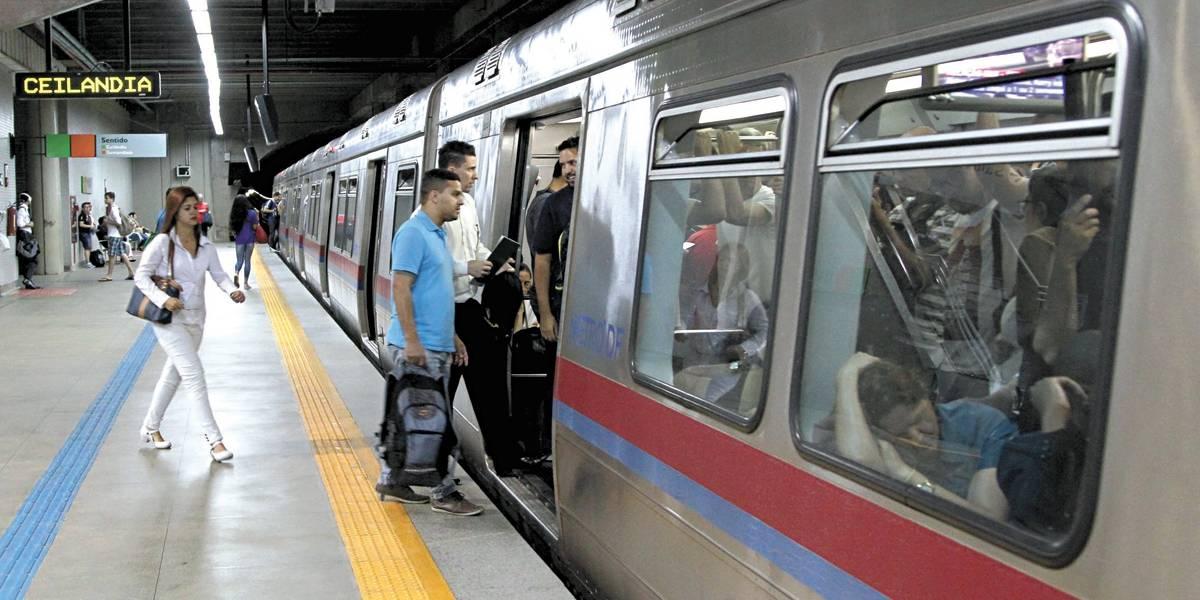 Metrô de Brasília volta a rodar, mas tempo de espera pode chegar a 1h