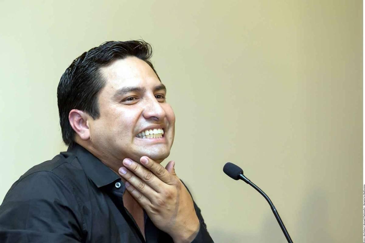 Mi columna en Publimetro: Ni diablo ni santo; una charla con Julión Álvarez