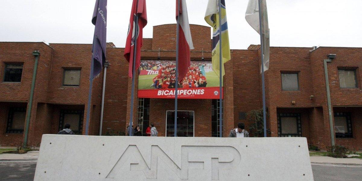 """Más problemas para la ANFP: recibe nueva demanda por """"caso Barnechea"""""""