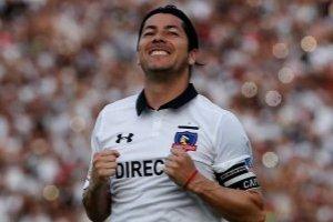 Escudo de Colo Colo quedó entre los cuatro mejores en insólito concurso