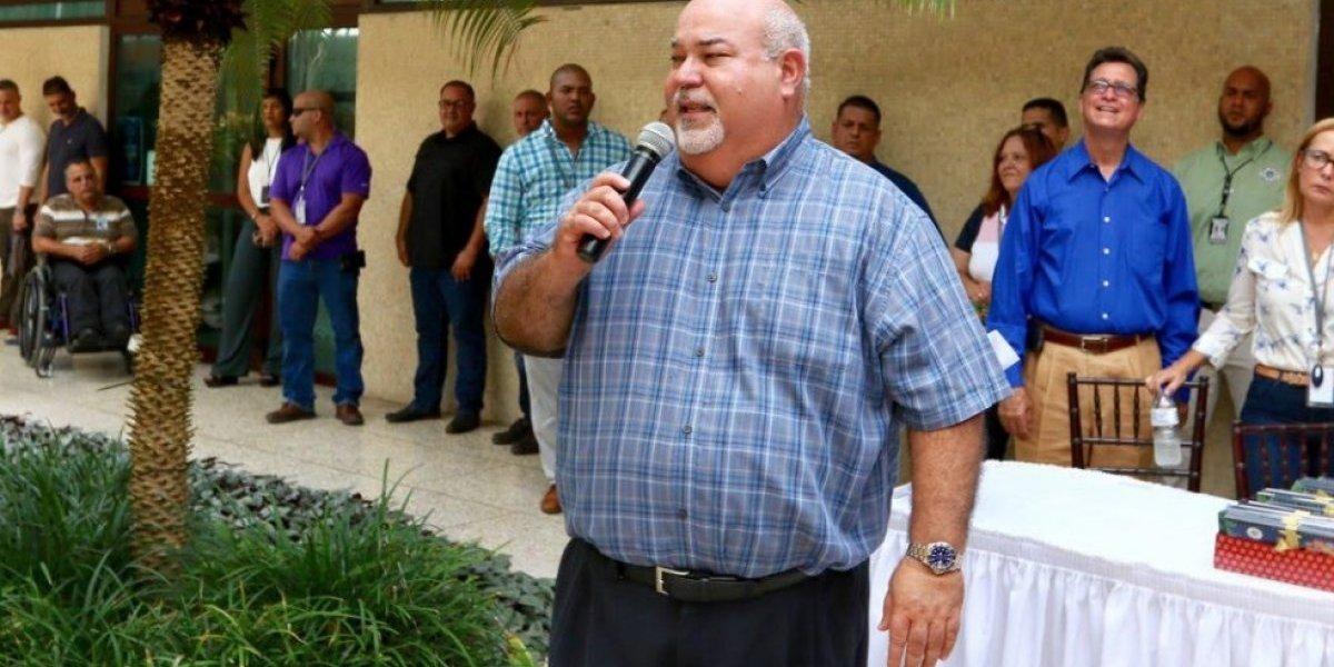 Johnny Méndez reconoce a servidores públicos en mensaje de Acción de Gracias