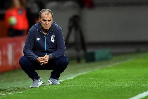 Marcelo Bielsa tiene contrato con el Lille, pero su salida del cuadro francés es inminente / Foto: AFP