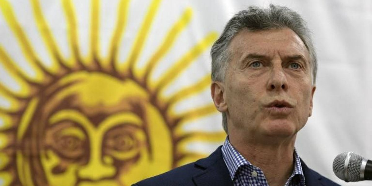 Macri actúa con cautela, no destituye a altos mandos de la Armada y llama a no buscar culpables antes de tiempo