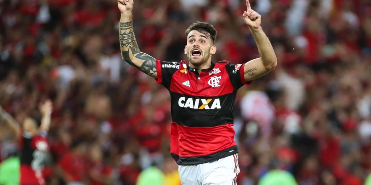 Vizeu esquece polêmica e dedica gol da virada do Flamengo a Rhodolfo