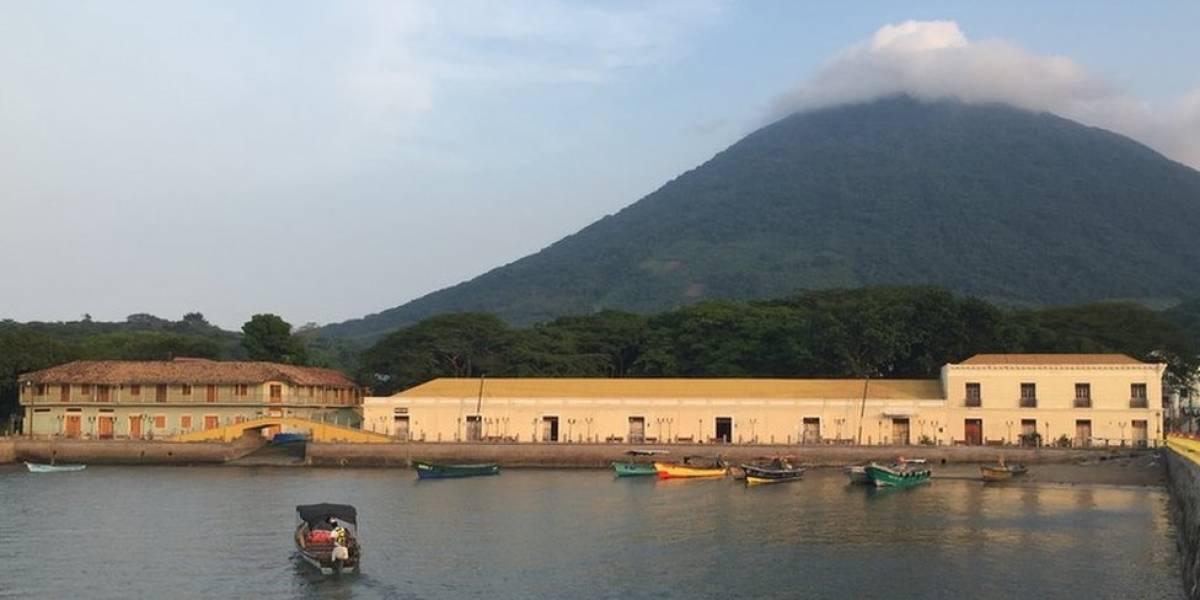 Las leyendas de Amapala, la olvidada capital de Centroamérica por la que dicen que pasaron el pirata Drake y Albert Einstein