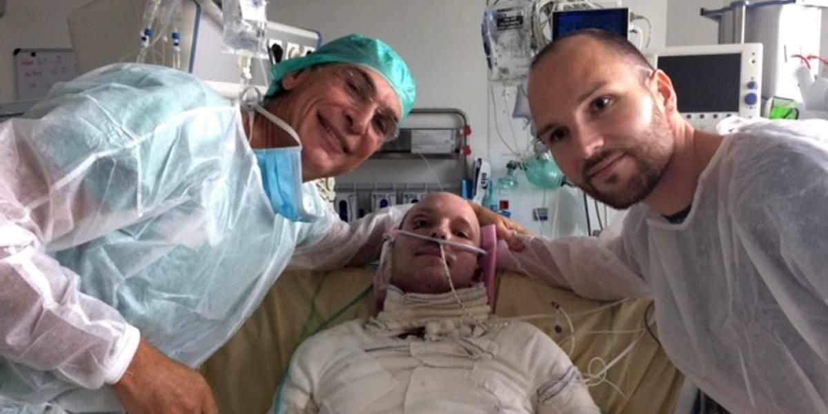 Cómo fue el primer trasplante de piel a un paciente con quemaduras en el 95% de su cuerpo