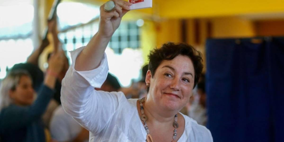 """""""Chile quiere cambios. Escríbelo con mayúscula"""": Beatriz Sánchez, líder del Frente Amplio, el grupo de izquierda que revoluciona la política del país sudamericano"""