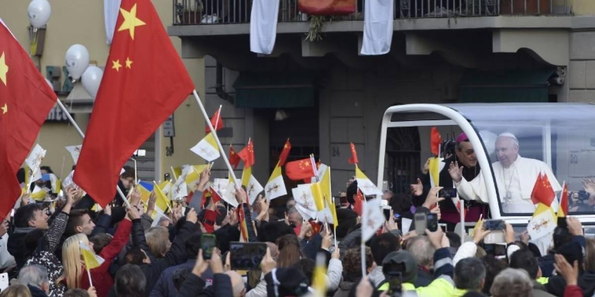 China prohíbe que agencias de viajes ofrezcan al Vaticano como destino turístico