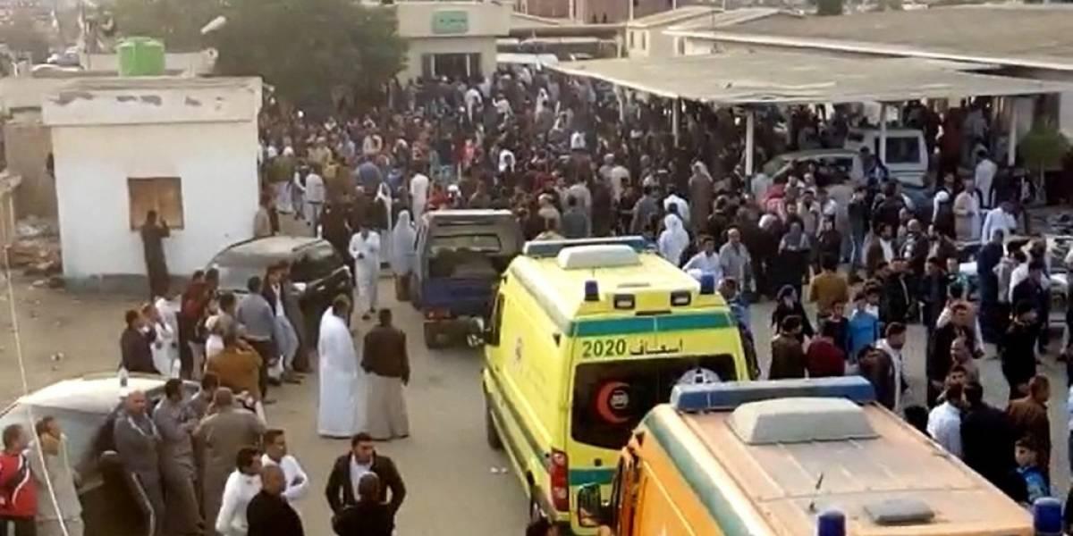 Ocho personas condenadas a muerte en Egipto por el asesinato de un policía y un soldado