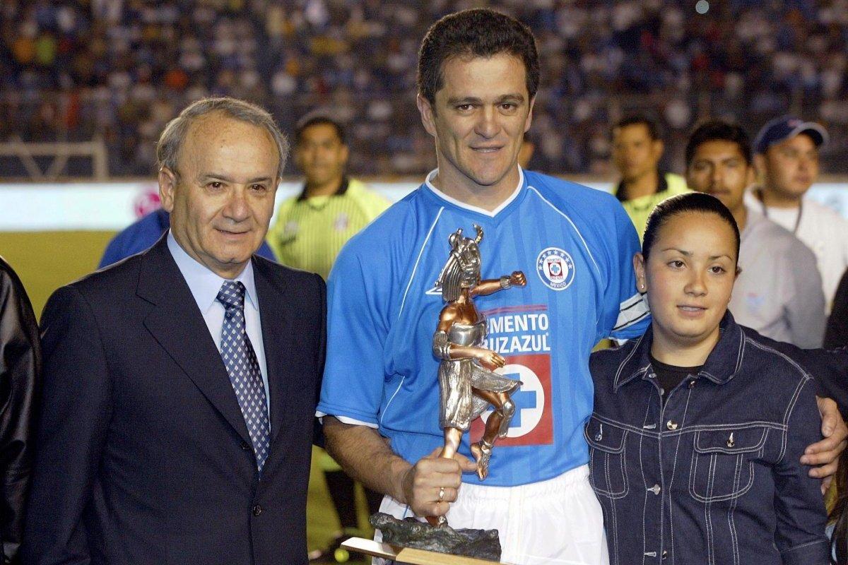 Carlos Hermosillo fue desechado por Manolo Lapuente para Francia 1998. Mexsport