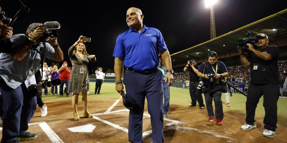 Iván Rodríguez continúa ayudando a los puertorriqueños