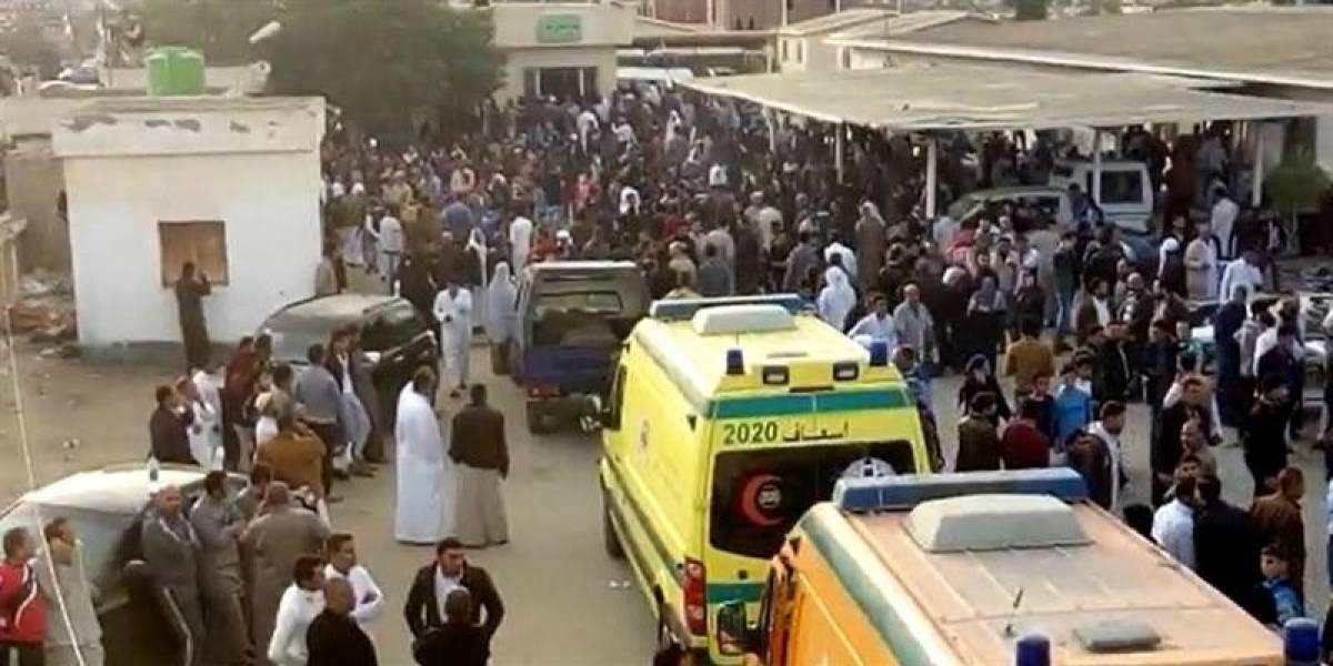 El peor atentado de la historia de Egipto: se elevan a 305 los muertos en la masacre contra una mezquita en el Sinaí