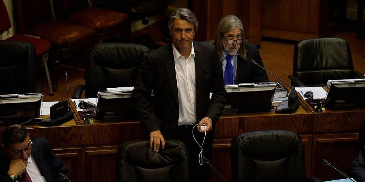 """Comunidades migrantes presentan querella contra Fulvio Rossi por """"incitación al odio"""""""