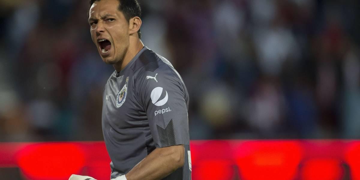Pachuca revela que ya le hicieron descuento a Chivas por Cota
