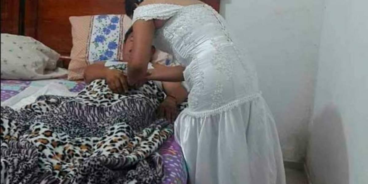 Abandonó su boda y se fue vestida de novia a atender a un paciente