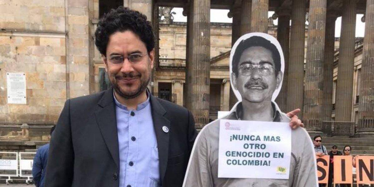 Iván Cepeda dice que ha visto a los cómplices del asesino de su padre en el Congreso