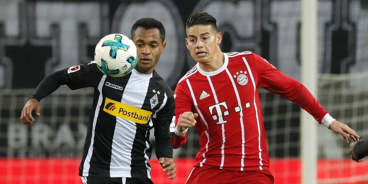 ¡Qué golpazo, James! El colombiano se retiró mareado en la derrota del Bayern