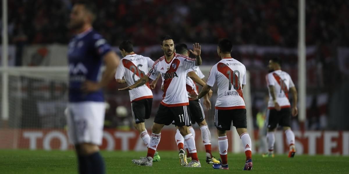 Santos Borré se ganó la titular en River, que recibe a Newell's