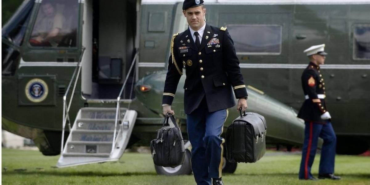 """Dos libros secretos, el """"código de oro"""" y la """"maleta negra"""": cómo es el protocolo que debe seguir Estados Unidos para realizar un ataque nuclear (y quién puede evitarlo)"""