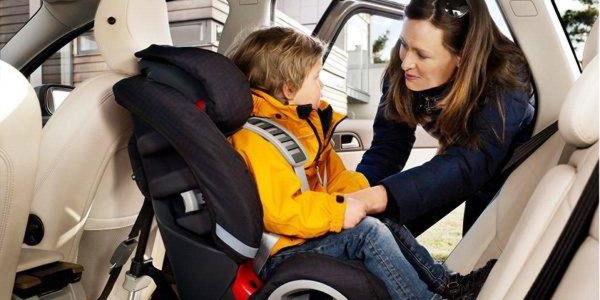 Niños: Más del 80% viaja inseguro en los vehículos