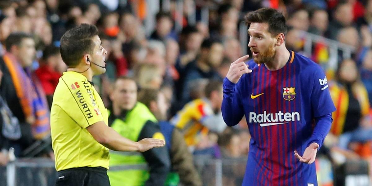 Barça é prejudicado por juiz, mas empata com Valencia e mantém vantagem na ponta