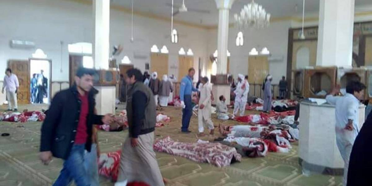 Masacre de la mezquita estremece a Egipto