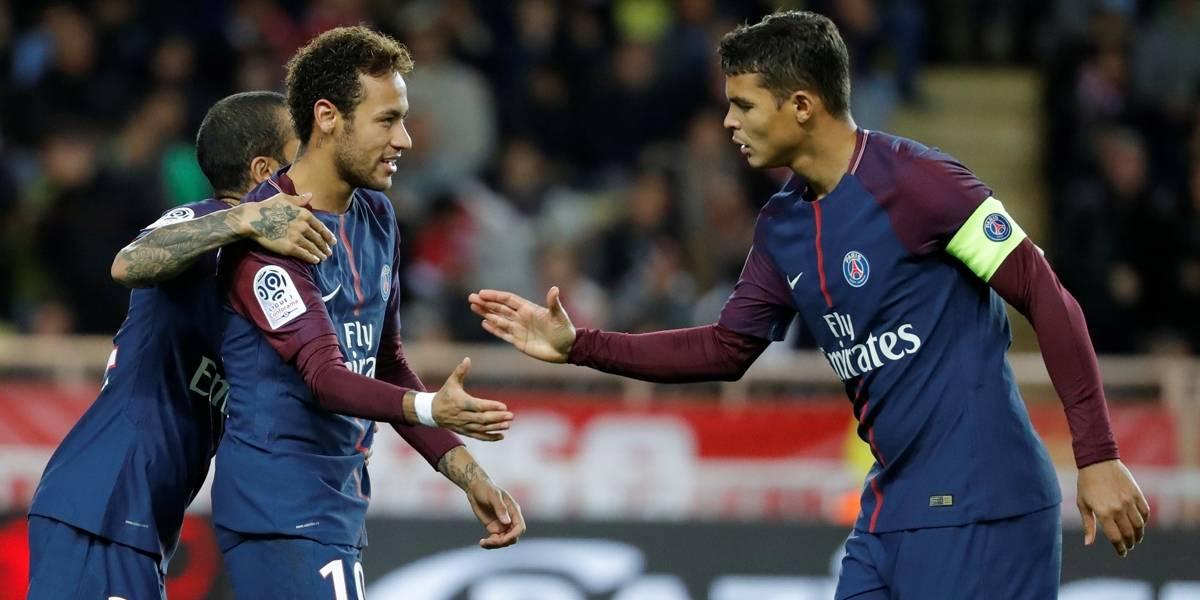 Cavani e Neymar marcam, PSG bate Monaco e abre 9 pontos na liderança do Francês