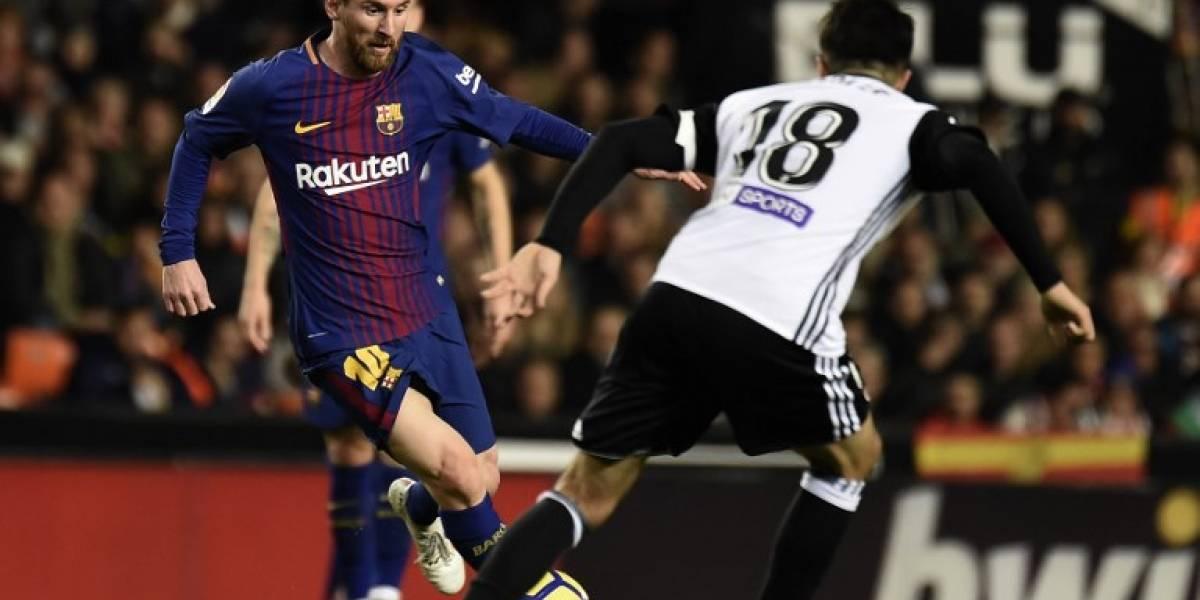 Valencia y Barça empatan en un emocionante y polémico partido