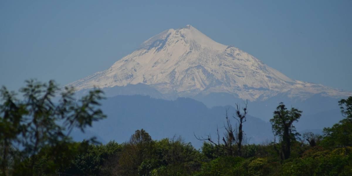 Rescatan a 4 alpinistas estadounidenses del Pico de Orizaba