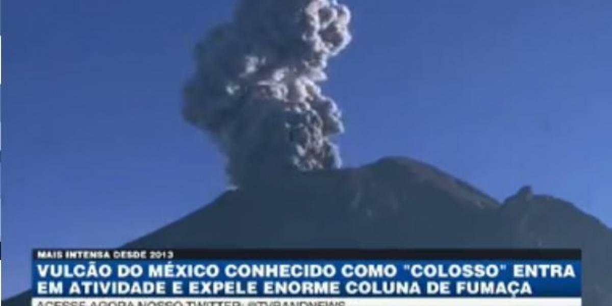 Vulcão do México entra em atividade e expele enorme coluna de fumaça