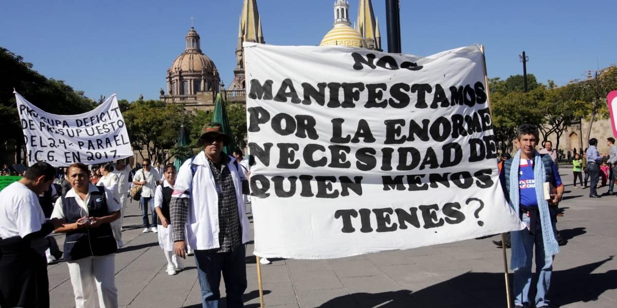 Ahogan las deudas al sector salud de Jalisco