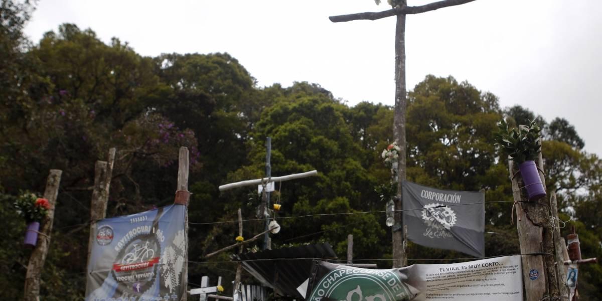 El curioso altar que crearon en el lugar exacto del accidente de Chapecoense
